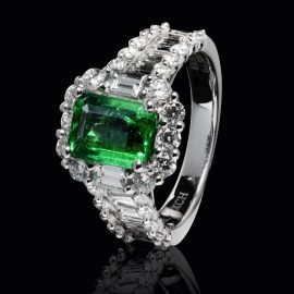 jeweled wedding rings in kenosha, emerald wedding rings, wedding rings with large stones