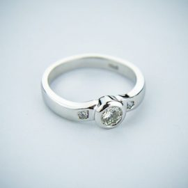 engagement rings in kenosha, kenosha engagement jewelers, simple engagement rings