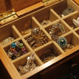 heirloom and inheritance appraisals, bulk jewelry appraisals, jewelry valuation services in kenosha